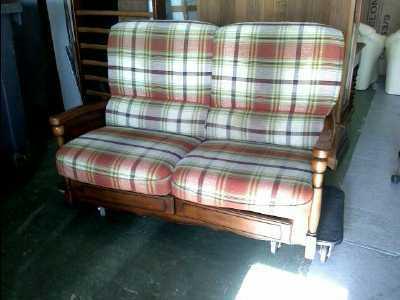 canape 2 places tissu et bois d 39 occasion. Black Bedroom Furniture Sets. Home Design Ideas